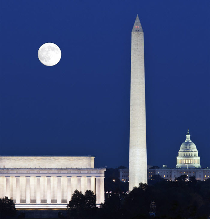 The Washington Monument and The National Mall Illuminated Night Tour