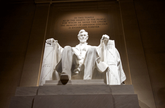 Lincoln Memorial | DC Day Tour